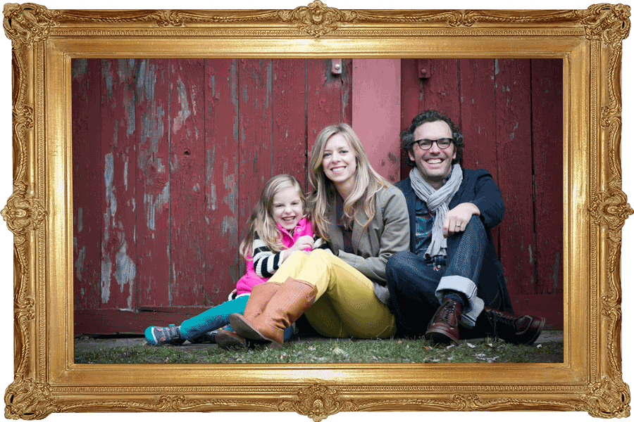Family photos session in Franklin Village, Farmington Hills by Hugh Anderson Photography.