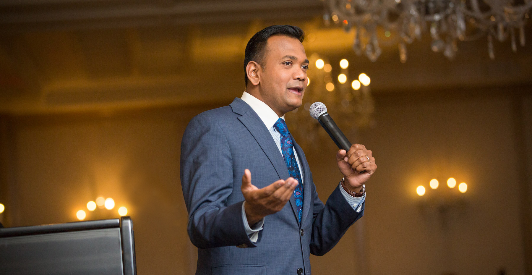 Roop Raj from Fox 2 Detroit hosts the FAR charity event at The Townsend Hotel