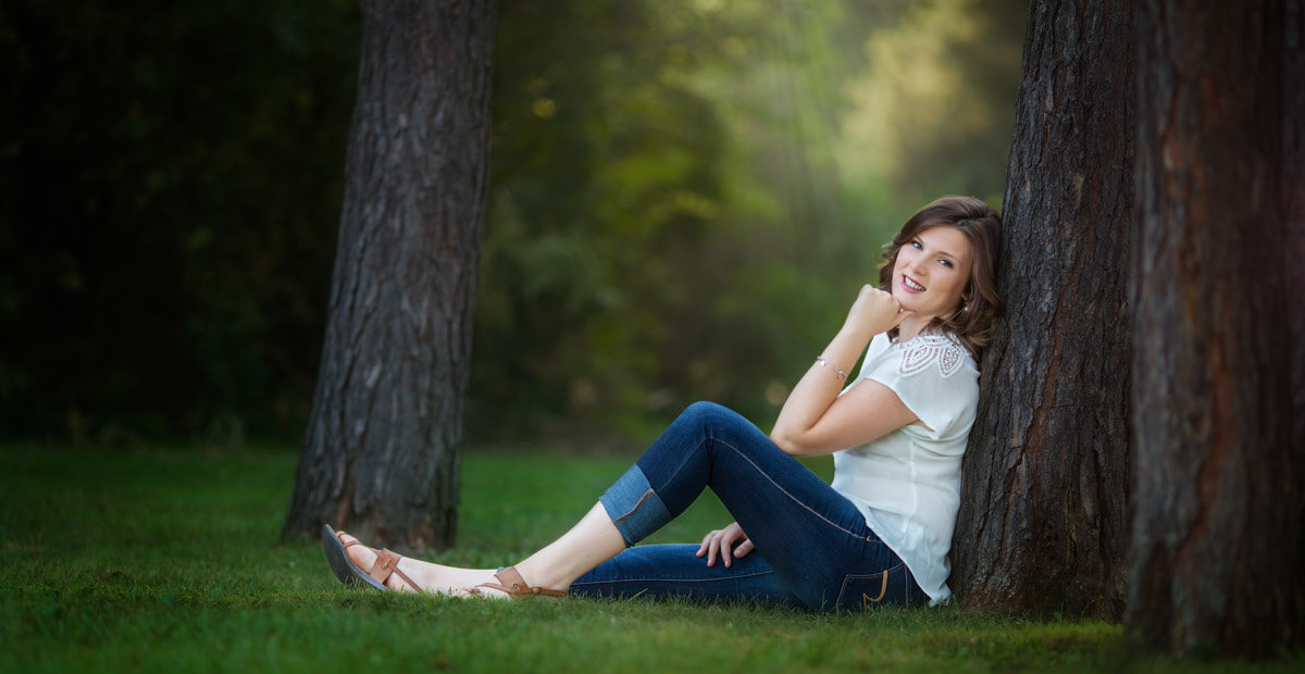 Senior Pictures - Meghan in Franklin, photographed by Hugh Anderson Photography
