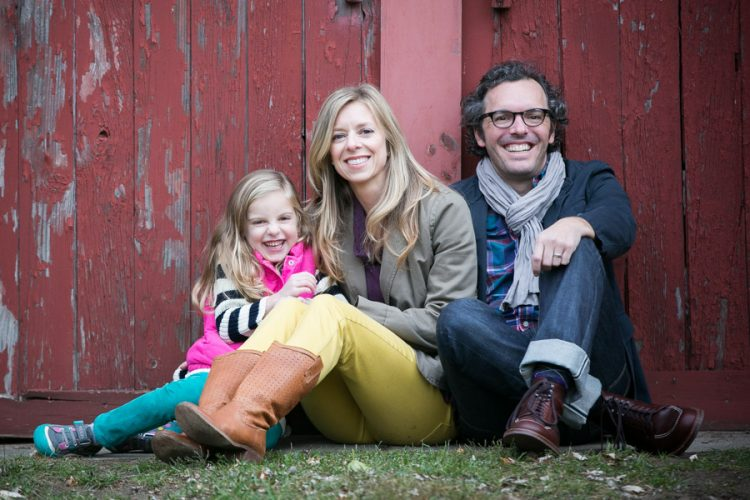 Family photographer Hugh Anderson Photography. Photo by a red barn 01