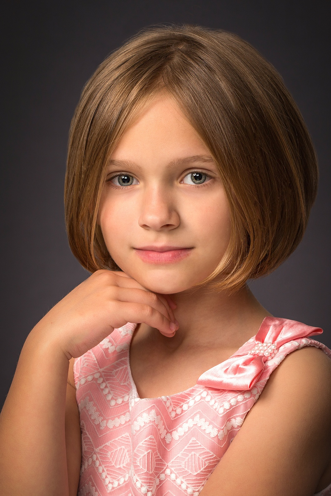 Painted portrait of a young girl, by Hugh Anderson Photography.