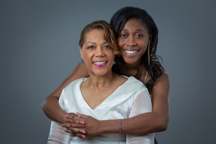 Mother and daughter portrait photography session. 03